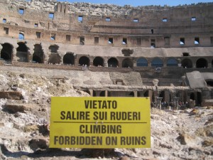 Translation at the Colosseum - Speech Marks Translation in Rome